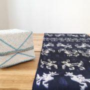 hindi azul y caja ofrendas